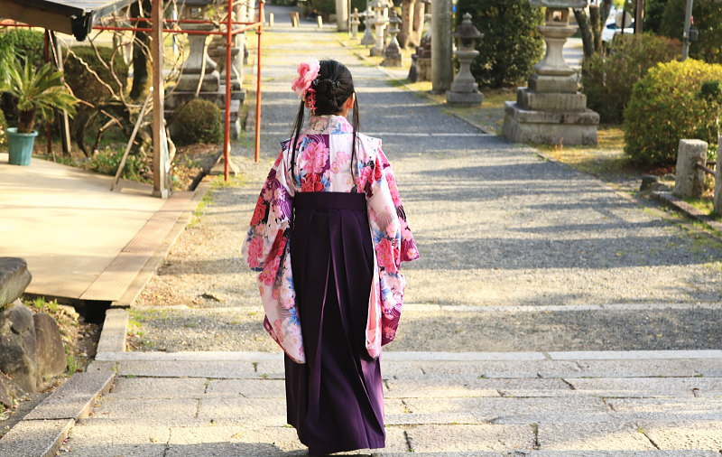 小学生の袴での卒業式
